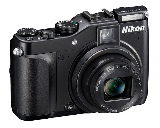 Nikon P7000